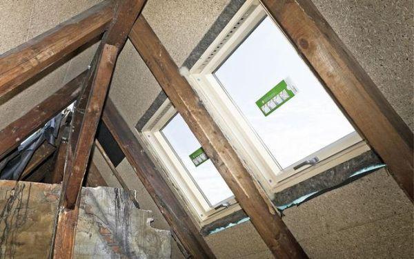 Montaż okien połaciowych: jak wstawić okno dachowe