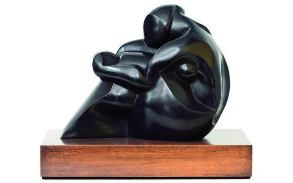 Ogniem i rylcem - rzeźba we wnętrzu