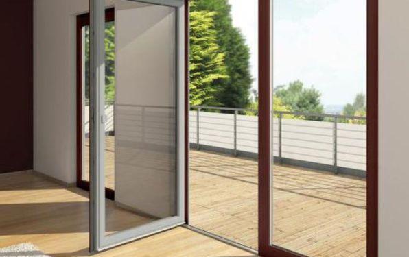 Okna i drzwi dwukolorowe. Nieograniczone możliwości aranżacji elewacji i wnętrz